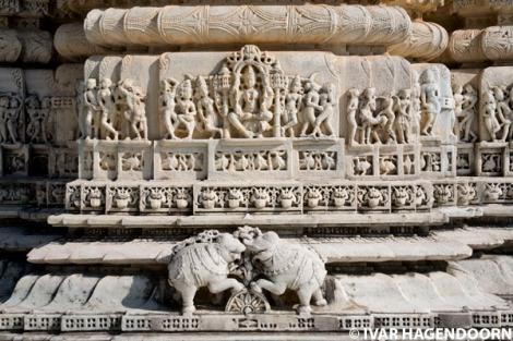 1266823095jain-temple-ranakpur-